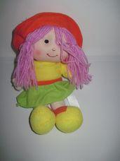 Lila hajú, narancssárga kalapos kicsi rongybaba