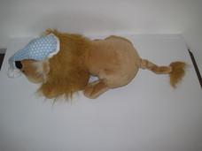 Interaktív horkoló plüss oroszlán kék pöttyös hálósapkában