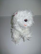 Interaktív FurReal rózsaszín szalagos hófehér máltai kutya