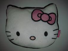 Hello Kitty cicafej formájú plüss párna