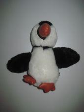 Fekete fehér plüss pingvin narancssárga csőrrel és lábbal