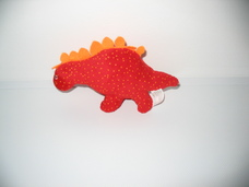 Szédült dinoszaurusz piros plüss állatka