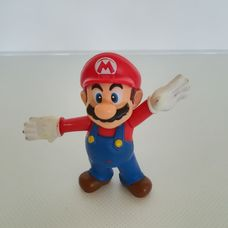 Műanyag Super Mario figura széttárt karokkal