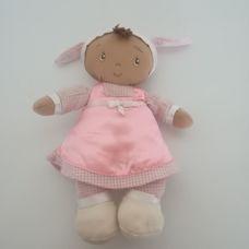 Baby Gund Selena etnikai rongybaba rózsaszín szatén ruhában