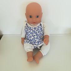 Peterkin puha törzsű nagy kék szemű csecsemő baba