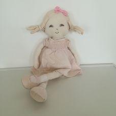 John Lewis halvány rózsaszín ruhás rongybaba