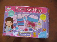 Első kötőkészletem - first knitting