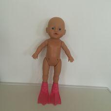 Zapf Baby Born fürdethető csecsemő baba békalábbal