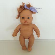 J.Berna anatómiailag korrekt kislány csecsemő baba