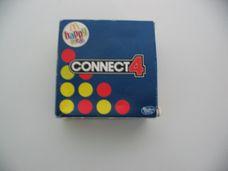 Connect4 készségfejlesztő társasjáték