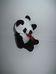 Mini plüss panda maci piros szalaggal