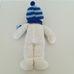 Horgolt hóember figura kék sapkában sállal