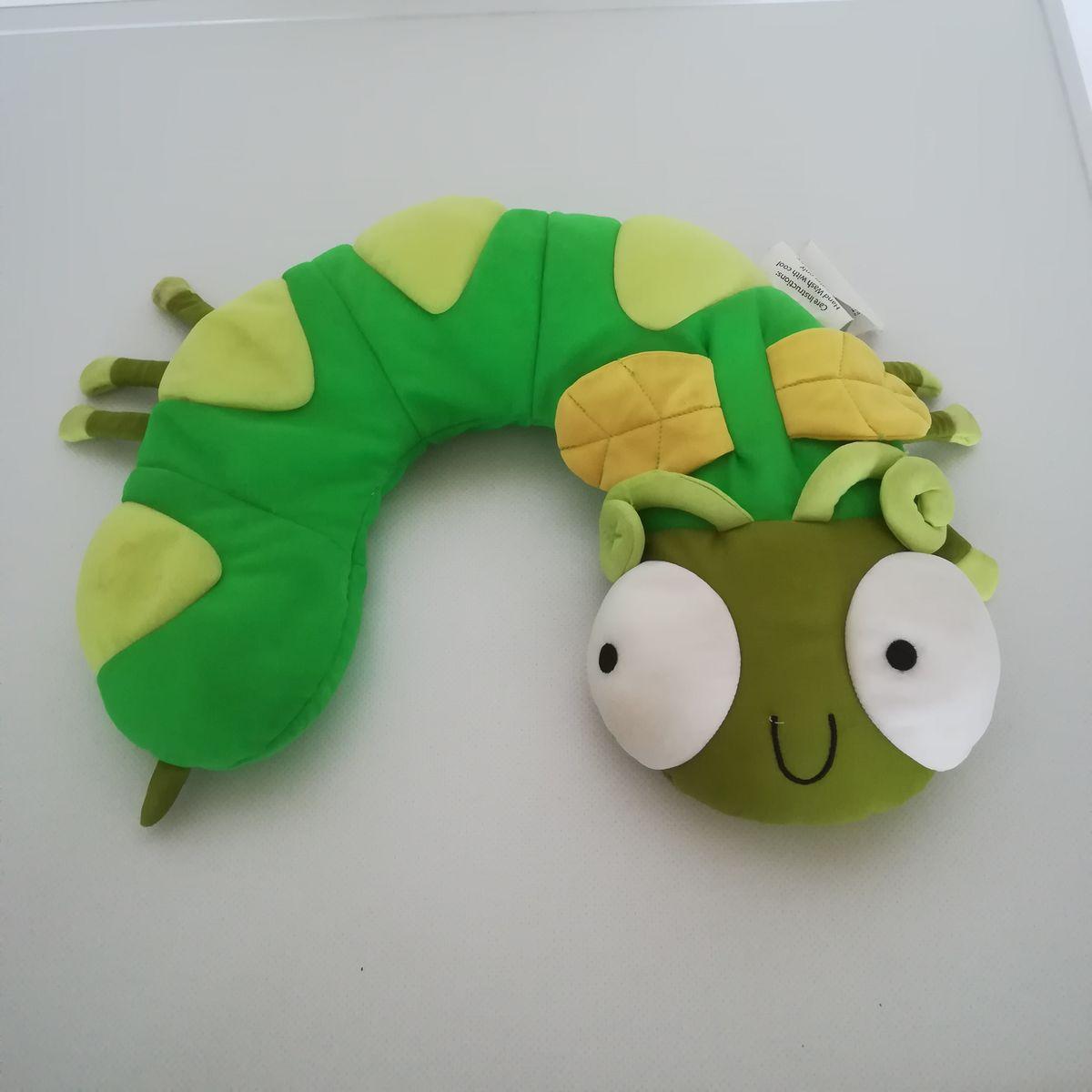 Zöld kukac formájú nyakpárna  Zöld kukac formájú nyakpárna ... 857d60c3f8
