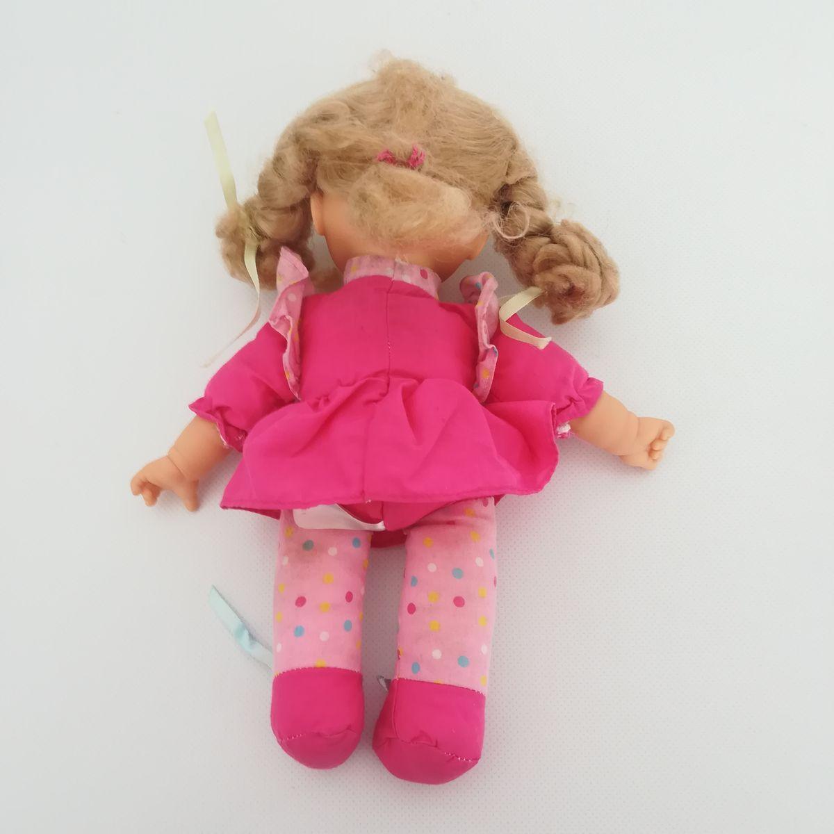 ... Tesco EMMI kék szemű szőke hajú kislány baba pink ruhában ... 991b5f28d3