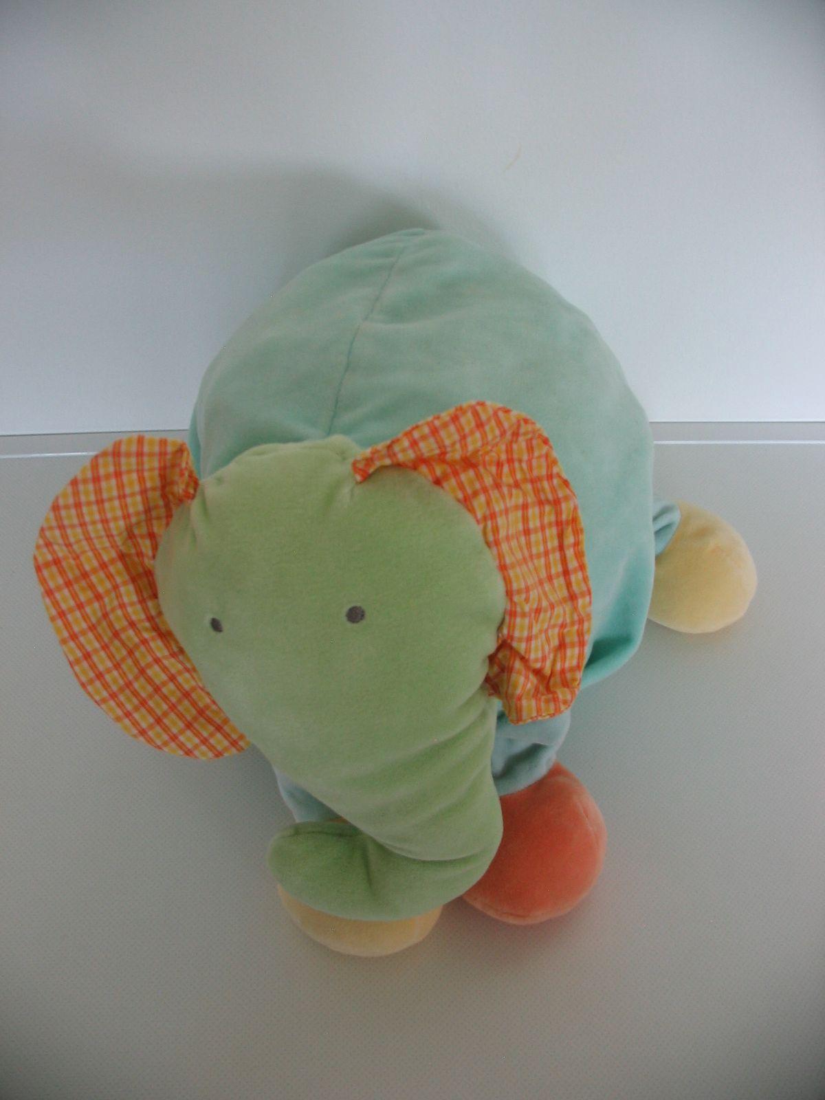 ... Mamas   Papas csörgő fülű plüss elefánt párna és tároló ... 45c7e5d606